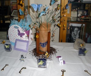 The gift table and centerpiece